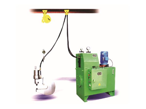 液压铆钉机